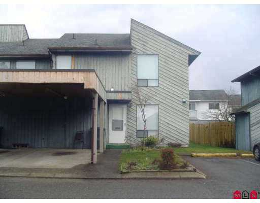 "Photo 1: 32550 MACLURE Road in Abbotsford: Abbotsford West Townhouse for sale in ""Clearbrook Village"" : MLS(r) # F2703376"