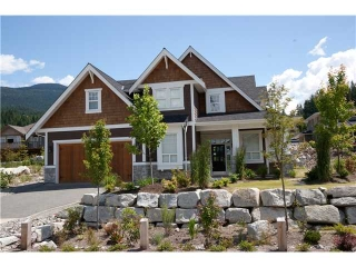 "Main Photo: 1019 JAY CR in Squamish: Garibaldi Highlands House for sale in ""THUNDERBIRD CREEK"" : MLS(r) # V897740"