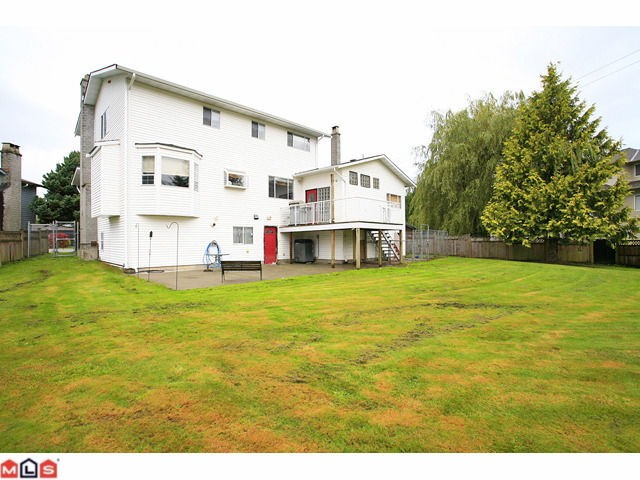 "Photo 10: 3440 271B ST in Langley: Aldergrove Langley House for sale in ""UPPER PARKSIDE"" : MLS® # F1124910"