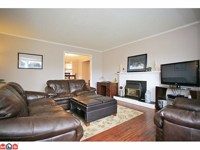 "Photo 3: 3440 271B ST in Langley: Aldergrove Langley House for sale in ""UPPER PARKSIDE"" : MLS® # F1124910"
