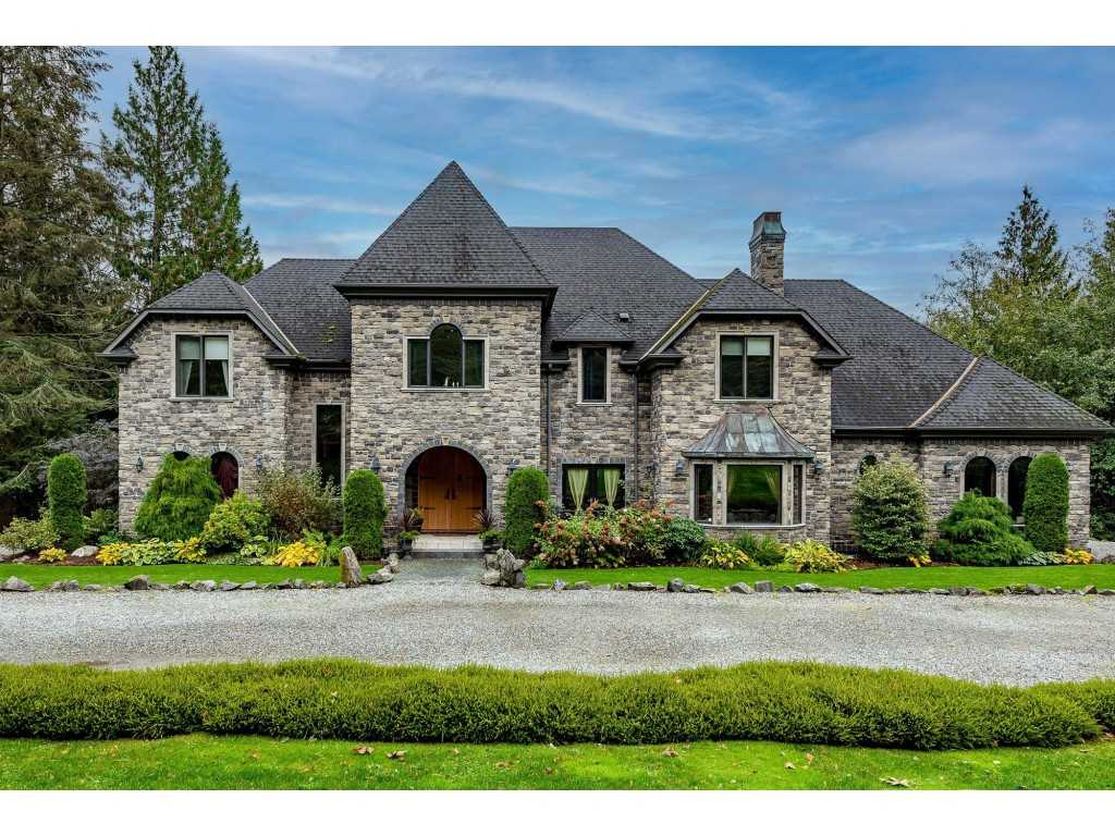FEATURED LISTING: 5442 EXTROM Road Chilliwack