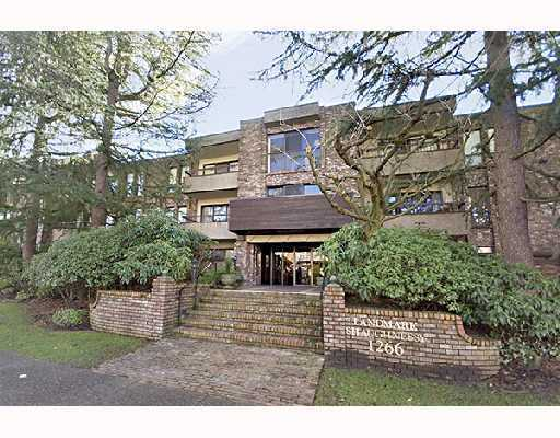 "Main Photo: 203 1266 W 13TH Avenue in Vancouver: Fairview VW Condo for sale in ""SHAUGHNESSY LANDMARK"" (Vancouver West)  : MLS®# V793866"