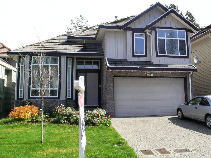 Main Photo: 5832 139TH Street in Surrey: Panorama Ridge House for sale : MLS® # F2810326