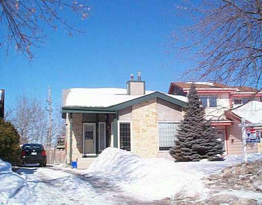 Main Photo: 70 MANSFIELD Crescent in Winnipeg: St Vital Single Family Detached for sale (South East Winnipeg)  : MLS® # 2603417
