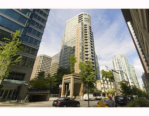 Main Photo: 2106 1166 MELVILLE Street in Vancouver: Coal Harbour Condo for sale (Vancouver West)  : MLS® # V794951