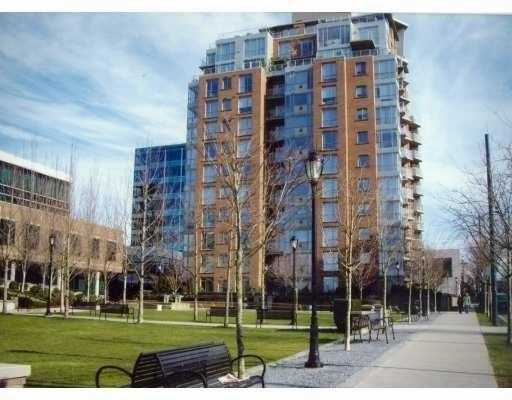 "Main Photo: 903 1575 W 10TH Avenue in Vancouver: Fairview VW Condo for sale in ""THE TRITON"" (Vancouver West)  : MLS®# V647420"