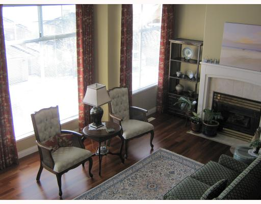 "Photo 4: 58 2979 PANORAMA Drive in Coquitlam: Westwood Plateau Townhouse for sale in ""DEERCREST"" : MLS® # V690850"