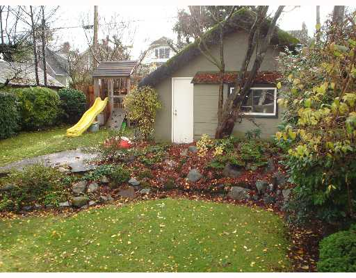 Photo 2: 4260 W 10TH Ave in Vancouver: Point Grey House for sale (Vancouver West)  : MLS® # V643400