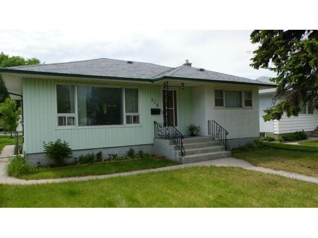 Main Photo: 514 Roseberry Street in Winnipeg: Residential for sale : MLS® # 1111336