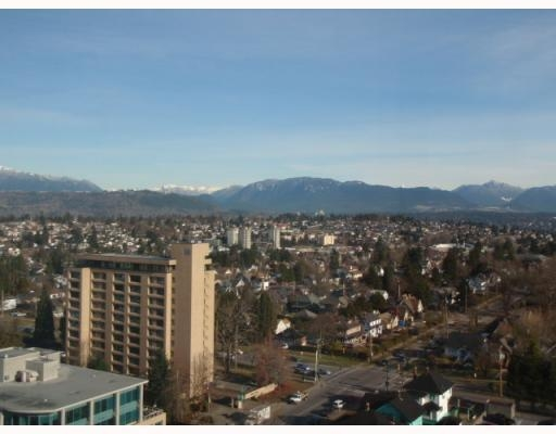 Photo 2: # 1808 615 BELMONT ST in New Westminster: Condo for sale : MLS(r) # V752808