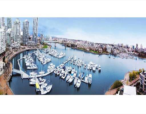 "Main Photo: 1202 1228 MARINASIDE Crescent in Vancouver: False Creek North Condo for sale in ""CRESTMARK II"" (Vancouver West)  : MLS®# V649962"