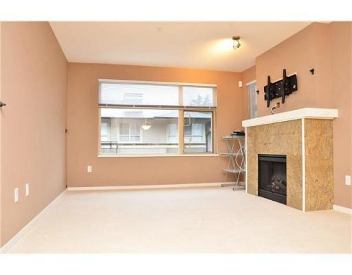 Photo 2:  in Port Moody: House for sale : MLS® # V908285