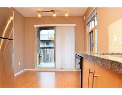 Photo 5:  in Port Moody: House for sale : MLS® # V908285