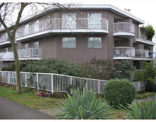 Main Photo: # 106 2023 FRANKLIN ST in Vancouver: Condo for sale : MLS®# V803435