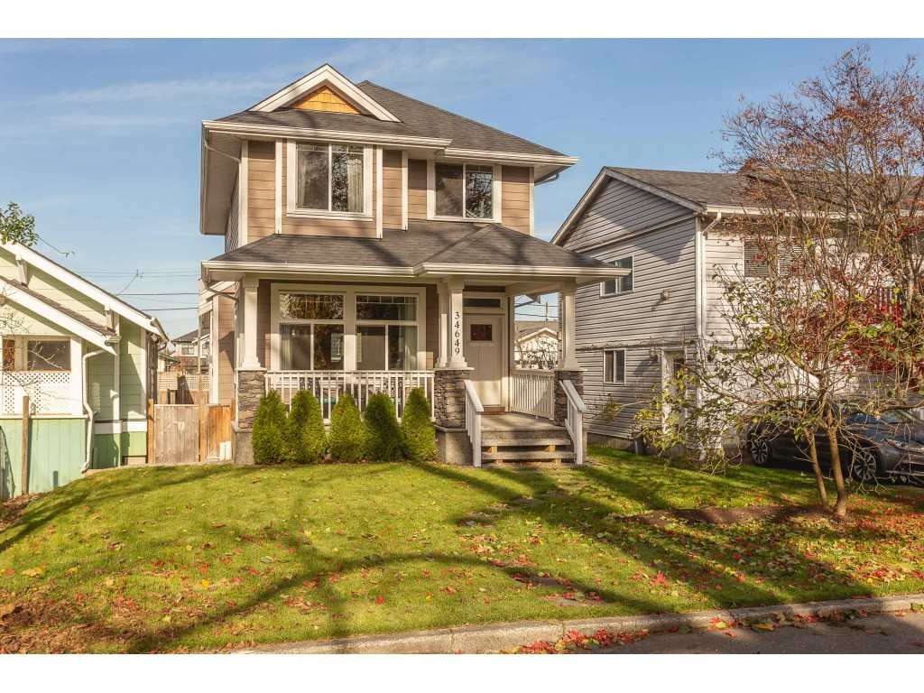 FEATURED LISTING: 34649 2ND Avenue Abbotsford
