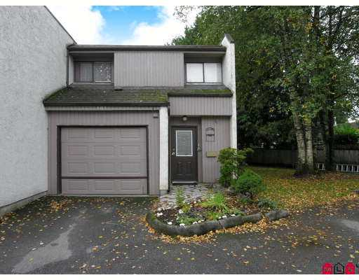 Main Photo: 101 3455 WRIGHT Street in Abbotsford: Matsqui Townhouse for sale : MLS® # F2725910