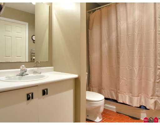 Photo 7: 101 3455 WRIGHT Street in Abbotsford: Matsqui Townhouse for sale : MLS(r) # F2725910