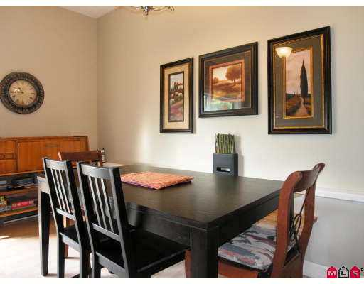 Photo 5: 101 3455 WRIGHT Street in Abbotsford: Matsqui Townhouse for sale : MLS® # F2725910