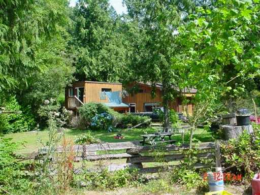 Photo 2: Photos: 5600 BROOKS RD in Halfmoon Bay: Halfmn Bay Secret Cv Redroofs House for sale (Sunshine Coast)  : MLS®# V605443