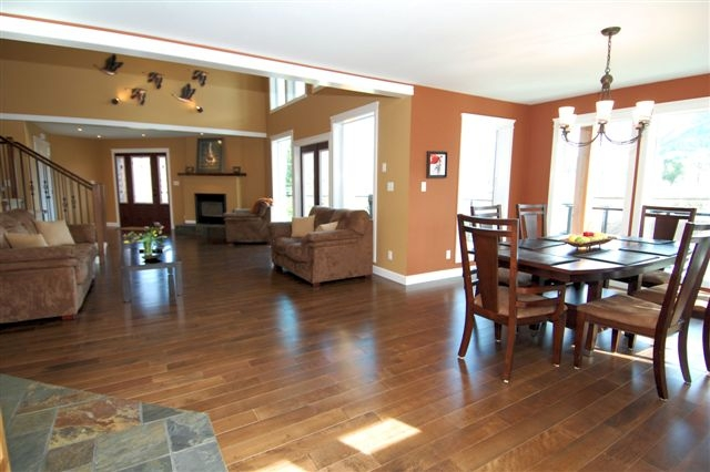 Photo 11: Photos: 243 NORTH SHORE ROAD in LAKE COWICHAN: House for sale : MLS®# 294475