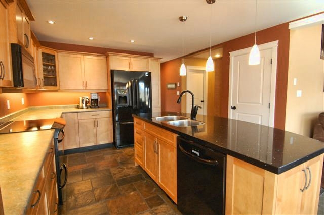 Photo 16: Photos: 243 NORTH SHORE ROAD in LAKE COWICHAN: House for sale : MLS®# 294475