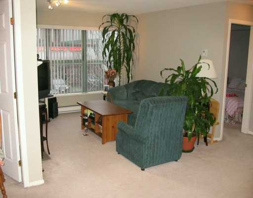 "Photo 2: 511 W 7TH Avenue in VANCOUVER: Fairview VW Condo for sale in ""BEVERLY GARDENS"" (Vancouver West)  : MLS® # V611212"