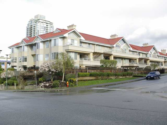 "Main Photo: 304 501 COCHRANE Avenue in Coquitlam: Coquitlam West Condo for sale in ""GARDEN TERRACE"" : MLS®# V818823"