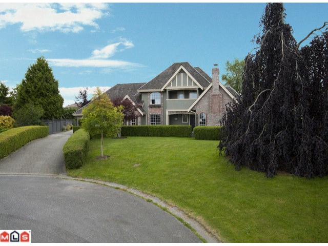 Main Photo: 8346 142A Street in Surrey: Bear Creek Green Timbers House for sale : MLS® # F1017708
