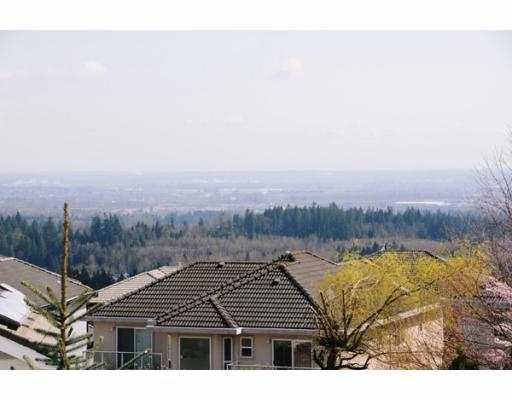 Photo 3: 3186 ARROWSMITH Place in Coquitlam: Westwood Plateau House for sale : MLS(r) # V761765