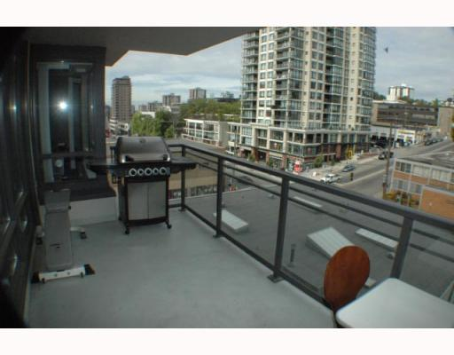 "Photo 3: 708 39 6TH Street in New Westminster: Downtown NW Condo for sale in ""QUANTUM"" : MLS® # V785801"