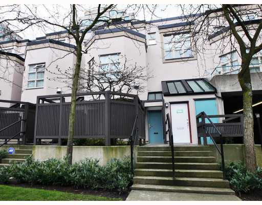 Photo 3: 1362 W 8TH Avenue in Vancouver: Fairview VW Townhouse for sale (Vancouver West)  : MLS® # V753374
