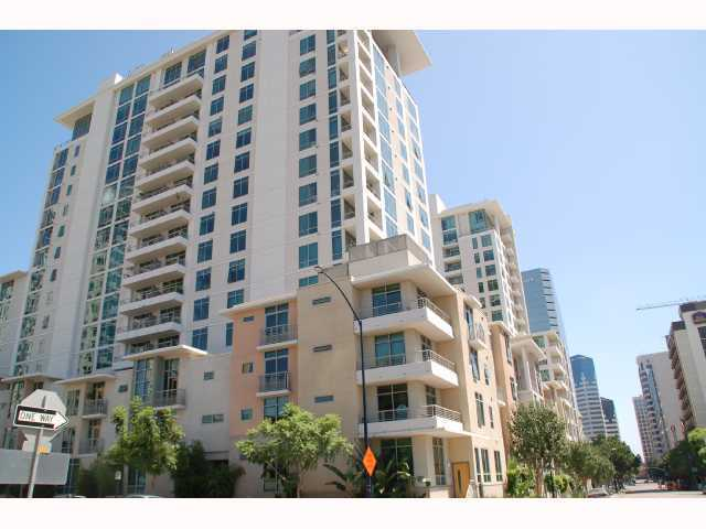 Main Photo: DOWNTOWN Condo for sale : 1 bedrooms : 425 Beech #337 in San Diego