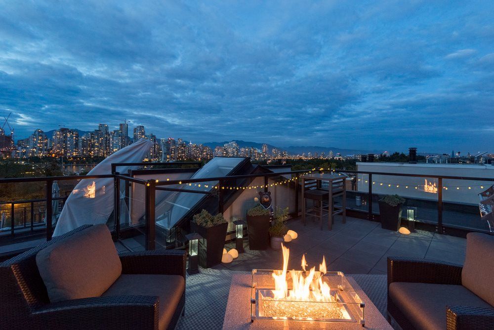 FEATURED LISTING: 205 - 1190 6TH Avenue West Vancouver