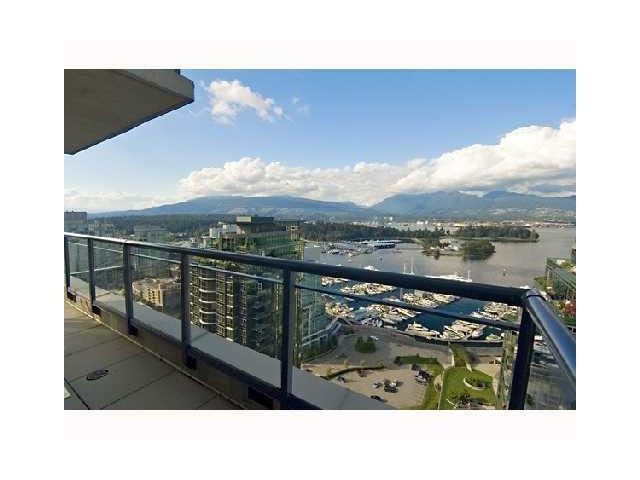 "Main Photo: 3305 1328 W PENDER Street in Vancouver: Coal Harbour Condo for sale in ""CLASSICO"" (Vancouver West)  : MLS® # V825237"