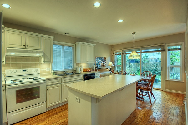Photo 10: 11131 6TH Avenue in Richmond: Steveston Villlage House for sale : MLS® # V856012