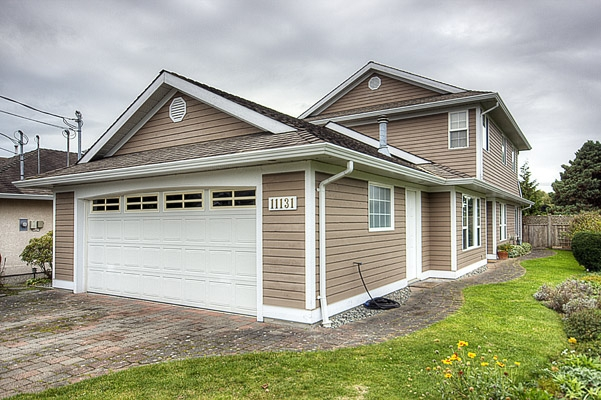 Main Photo: 11131 6TH Avenue in Richmond: Steveston Villlage House for sale : MLS(r) # V856012