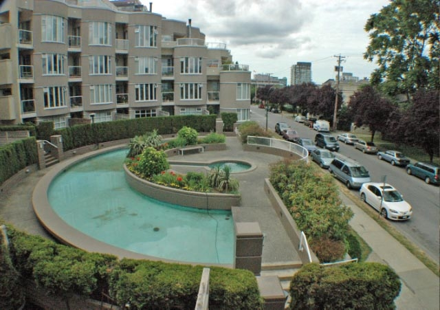 Photo 2: 206 1210 W 8TH Avenue in Vancouver: Fairview VW Condo for sale (Vancouver West)  : MLS(r) # V772849
