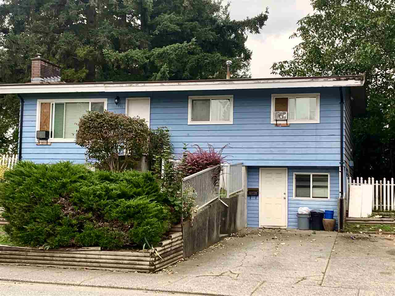 FEATURED LISTING: 2039 GLADWIN Road Abbotsford