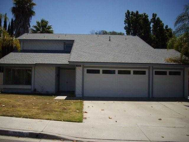 Main Photo: OCEANSIDE House for sale : 4 bedrooms : 3592 Ridge