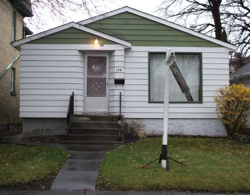 Main Photo: 198 NOTRE DAME Street in WINNIPEG: St Boniface Residential for sale (South East Winnipeg)  : MLS(r) # 2821147