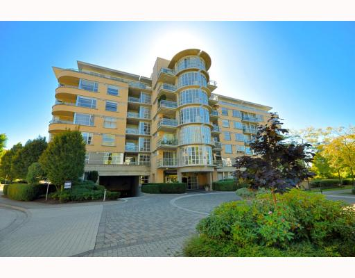 "Main Photo: 512 2655 CRANBERRY Drive in Vancouver: Kitsilano Condo for sale in ""New Yorker"" (Vancouver West)  : MLS(r) # V787040"