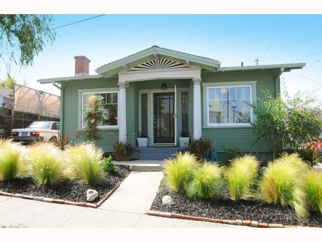 Main Photo: NORTH PARK House for sale : 1 bedrooms : 2027 Lincoln in San Diego