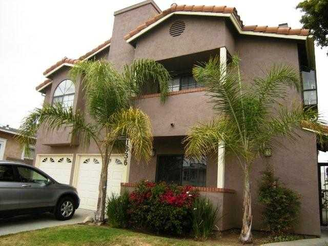 Main Photo: UNIVERSITY HEIGHTS Condo for sale : 2 bedrooms : 1636 Meade #2 in San Diego