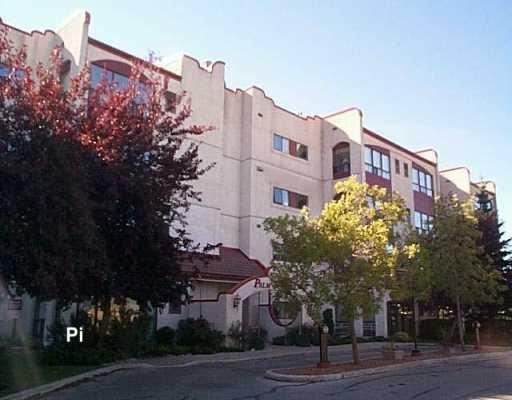 Main Photo:  in WINNIPEG: Fort Garry / Whyte Ridge / St Norbert Condominium for sale (South Winnipeg)  : MLS(r) # 2903876