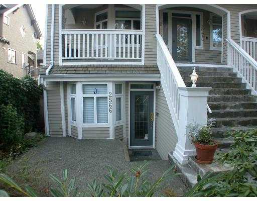 Main Photo: 2566 W 5TH AV in Vancouver: Kitsilano Townhouse for sale (Vancouver West)  : MLS®# V563385