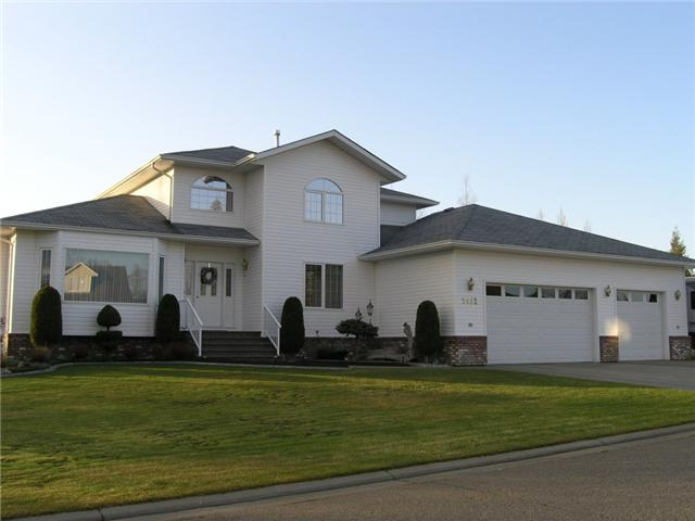 "Main Photo: 2432 PANORAMA Place in Prince George: Hart Highlands House for sale in ""HART HIGHLANDS"" (PG City North (Zone 73))  : MLS®# N201013"