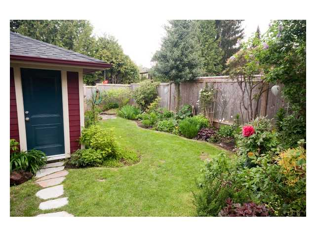 Main Photo: 7635 DAVIES Street in Burnaby: Edmonds BE House for sale (Burnaby East)  : MLS® # V850673