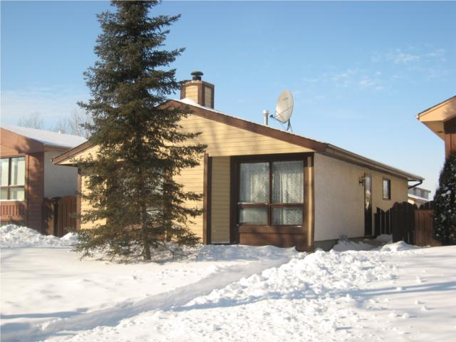 Main Photo: 867 CARRIGAN Place in WINNIPEG: Fort Garry / Whyte Ridge / St Norbert Residential for sale (South Winnipeg)  : MLS(r) # 1001380