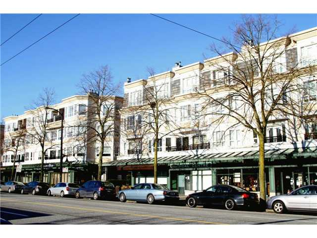 "Main Photo: 215 2545 W BROADWAY in Vancouver: Kitsilano Townhouse for sale in ""TRAFALGAR MEWS"" (Vancouver West)  : MLS® # V862917"