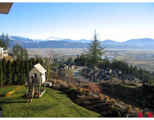 "Photo 10: 35454 JADE Drive in Abbotsford: Abbotsford East House for sale in ""EAGLE MOUNTAIN"" : MLS® # F2910667"